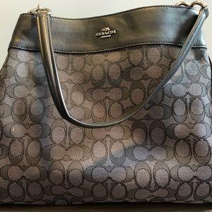 Authentic COACH Lexy Shoulder Bag